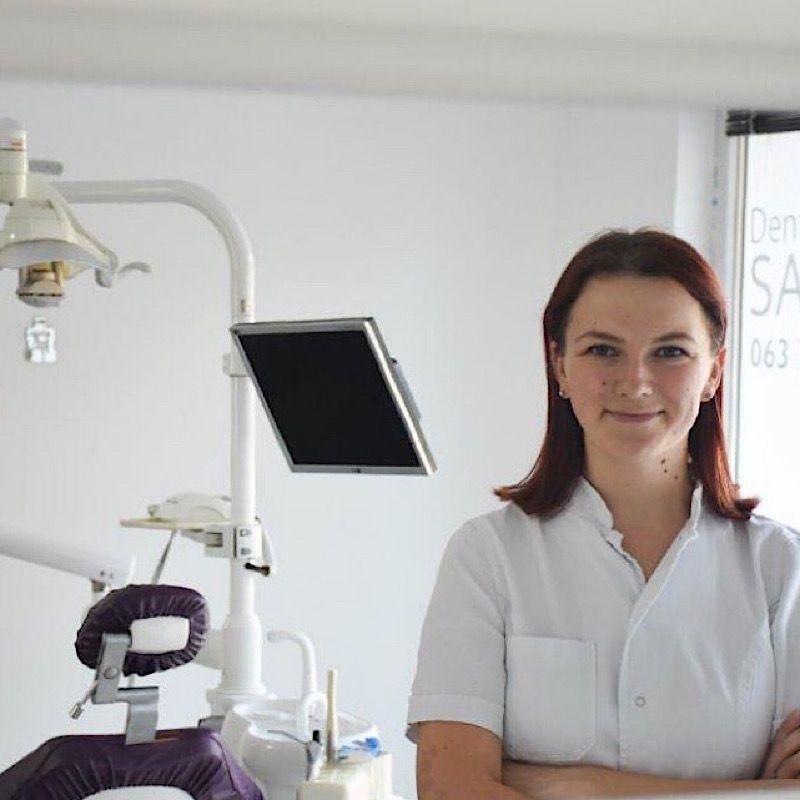 Dr stom. Ana Samac