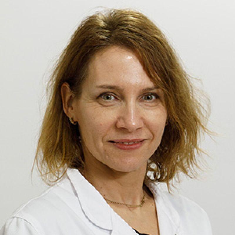 Dr Kristina Tot Vereš