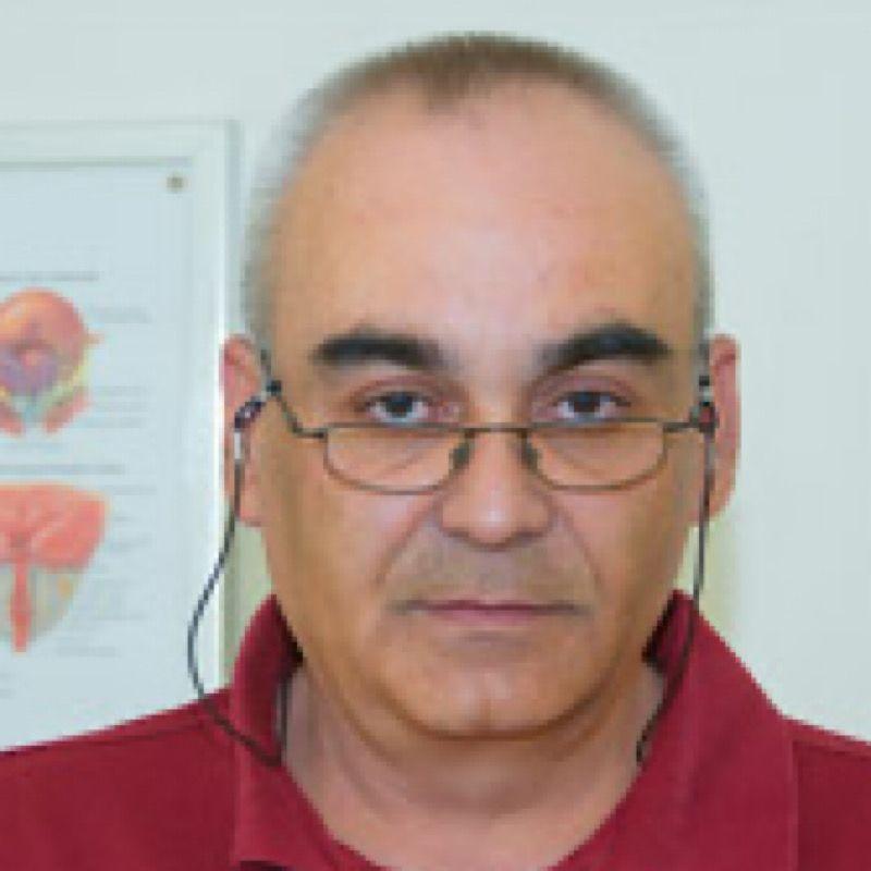 Dr Igor Brzaković