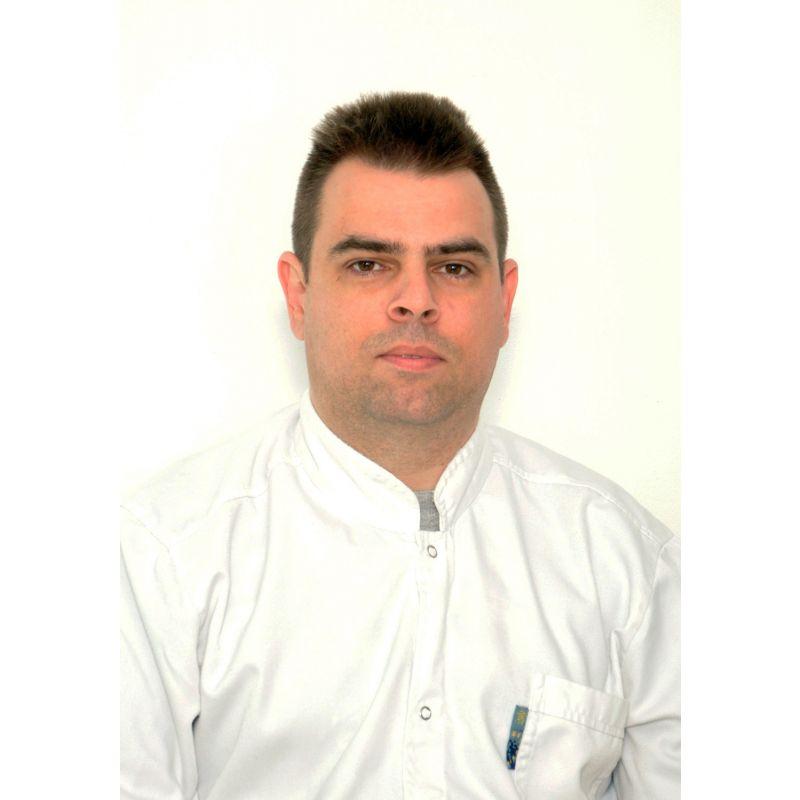 Dr spec. fizikalne medicine Dražen Sajenković