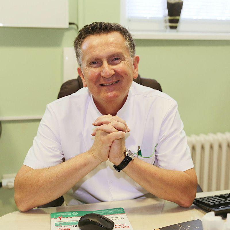 Dr Tomislav Trećakov