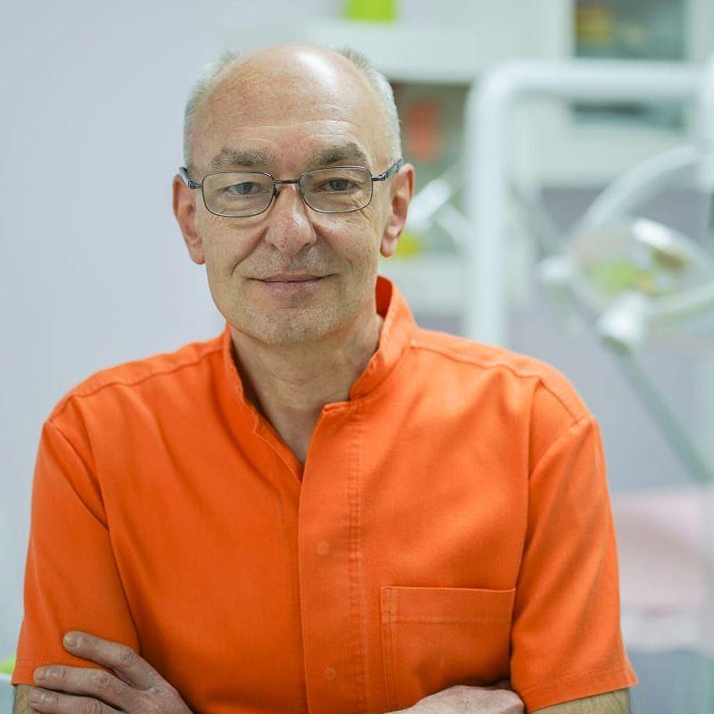 Dr Srđan Zekavica